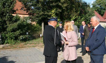 Nowy wóz strażacki dla OSP Kuźnica Żelichowska