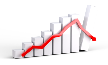 Mniej inwestycji i wzrost wydatków na płace w urzędzie.